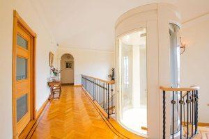 round panoramic suite lift in applecross wa