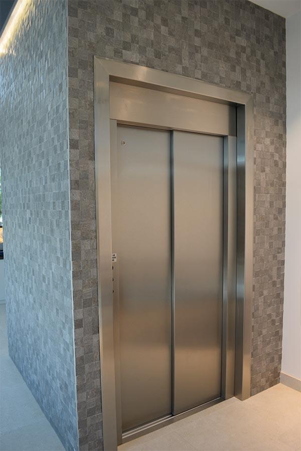 Balcatta lift installation