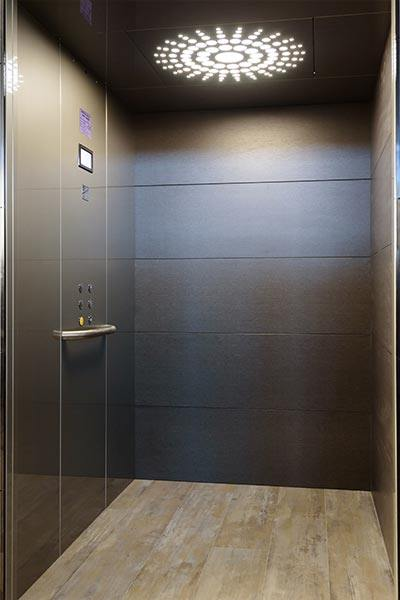 luxury-suite-lift-2
