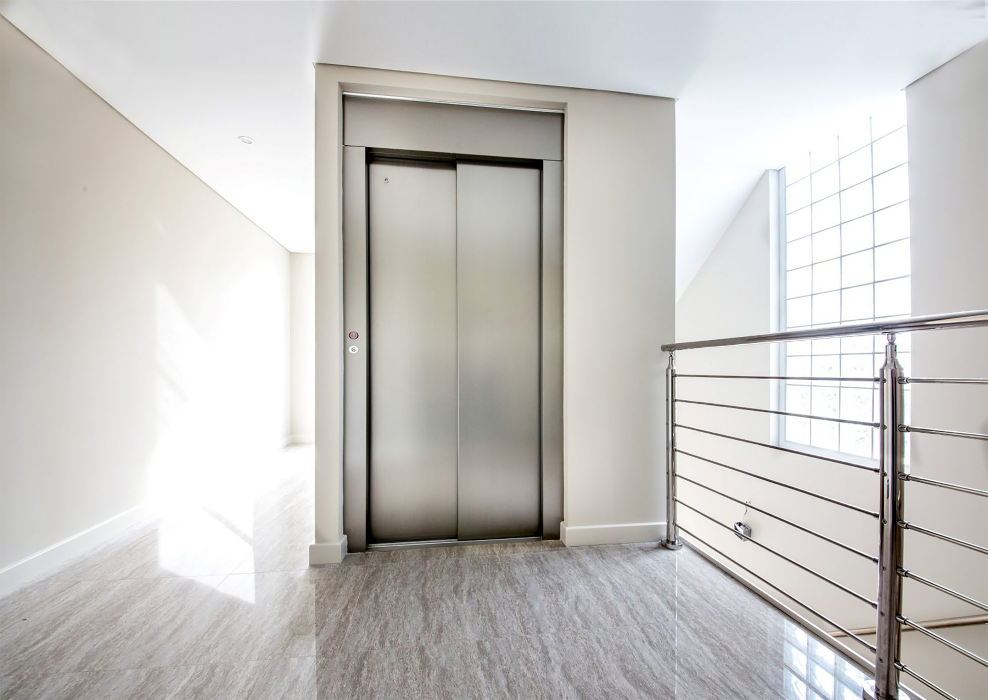 Residential Royal Suite Lift - Brushed or Mirrored Stainless Steel