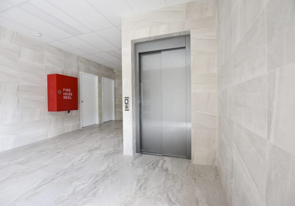 stretch commercial lift design